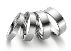 Titāna laulibu gredzeni, laulību gredzeni