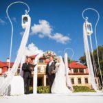 kāzu ceremonija pie Dikļu pils