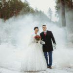 kāzas ziemā, dūmi kāzu fotosesijā