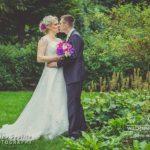 kāzu fotogrāfijas brīvā dabā