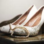 līgavas kurpes kāzās
