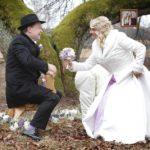 mazas kāzas