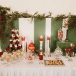 saldumu galds ziemas kāzās