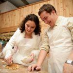 kliņģera cepšana kāzās