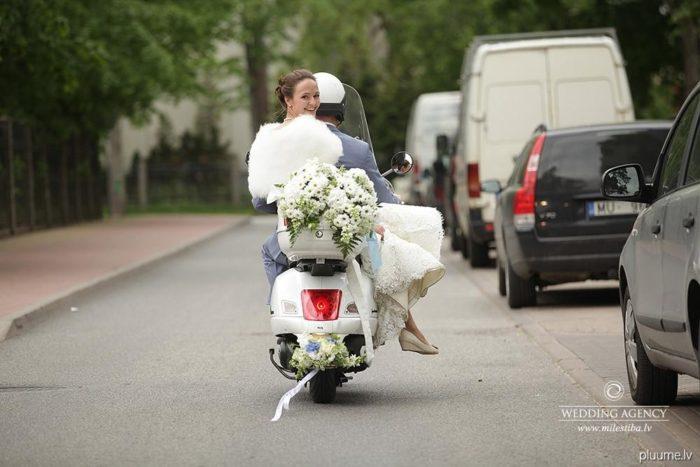 motorolleris kāzās, janais pāris