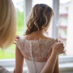 rīta pucēšanās, kāzu kleita