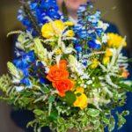 kāzu pušķis, zils dzeltens oranžs kāzām