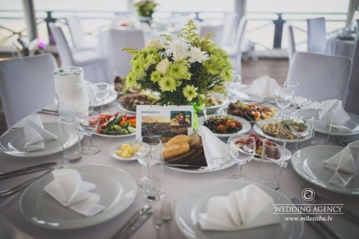 kāzu galdi, Villa Anna, kāzas angliski