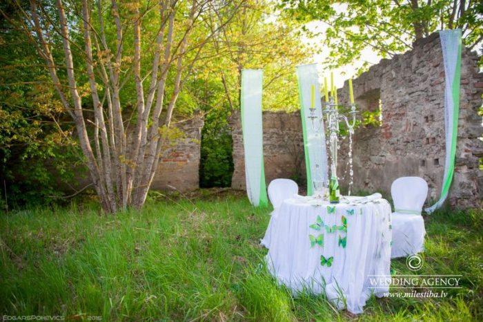 Kāzu noformējums, zaļā krāsa kāzām