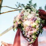 ziedi kāzās, ziedu dekorācijas
