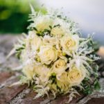 kāzu pušķis, kāzas divās valodās