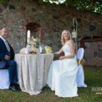 romantiskais galdiņš kāzās, kāzas brīvā dabā