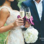 kāzu šampanietis, violetais tonis kāzās