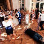 kāzu dejas, kāzu viesi