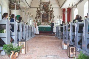 kāzu ceremonija baznīcā, milestiba.lv