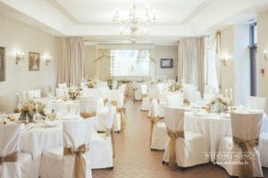 kāzu svinības, Skrundas muiža