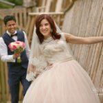 jaunais pāris, kāzu kleita, laulību ceremonija, tēvs un līgavainis kāzās, Kāzu Aģentūra
