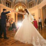 kāzu pirmā deja, Mežotnes pils, laulību ceremonija, tēvs un līgavainis kāzās, Kāzu Aģentūra