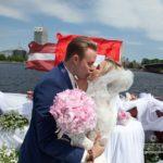 laulību ceremonija, skūpsts, internacionālas kāzas