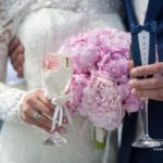 kāzu diena, peonijas, šampanietis